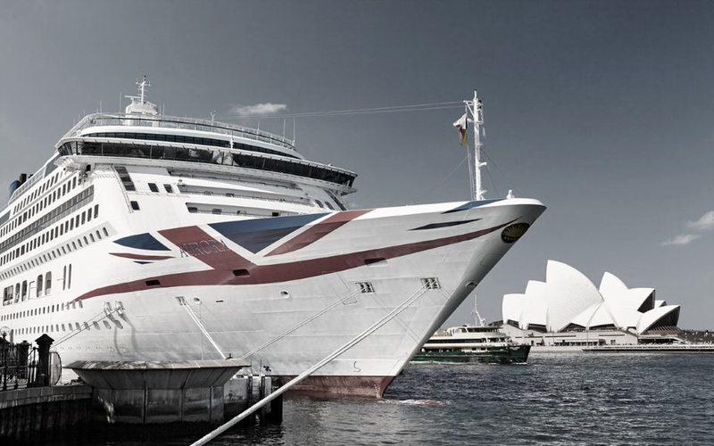 Kreuzfahrtschiff Aurora im Hafen von Sidney