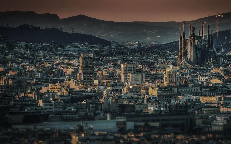 Barcelona ist von nahem wie von weitem beeindruckend