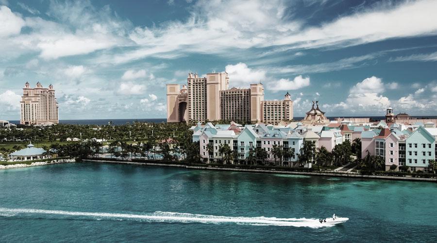 """Mit der Bahamas Schnupperkreuzfahrt nach Paradise Island (hier zu sehen: Wasser-Fun-Park """"Atlantis"""")"""