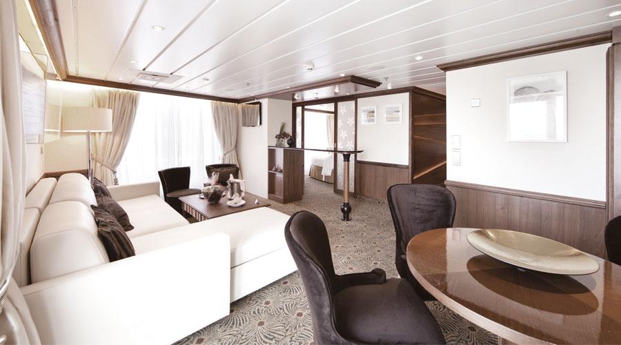 Zum All-Inclusive Paket eine Top Suite buchen ist kein Problem bei Pullmantur Cruises
