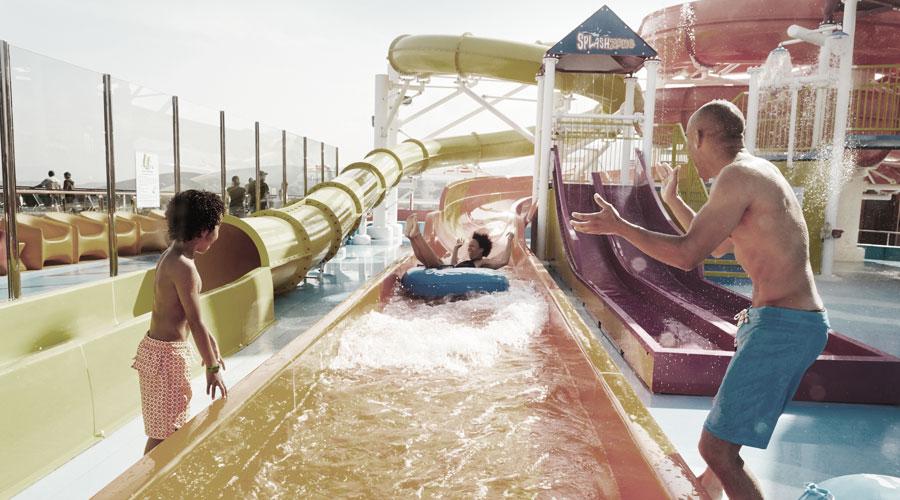 Waterworks Rutsche bei der Carnival Cruise Line